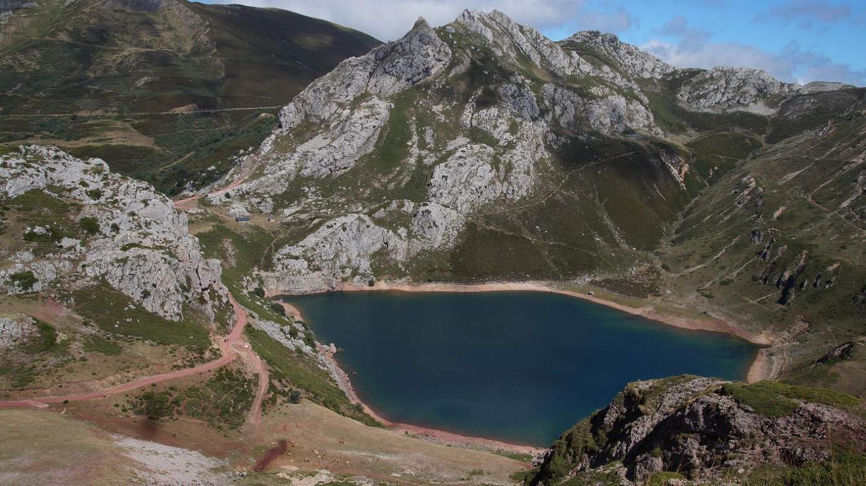 Lago de la Cueva, Somiedo